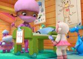 Доктор Плюшеа лечить игрушки